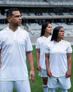 Cruzeiro lança camisa branca do centenário com ídolos históricos