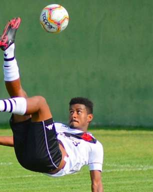Após gol na vitória dos juniores, Marcos Dias, do Vasco, diz: 'Seguimos em busca do nosso maior objetivo'