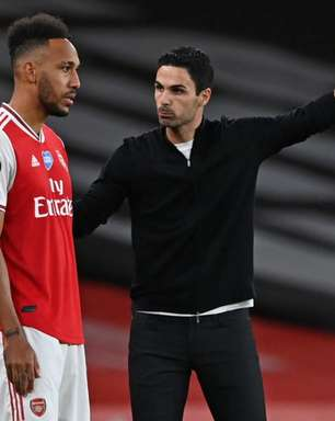 Mikel Arteta segue no comando do Arsenal na próxima temporada