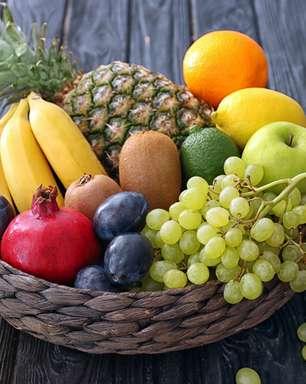 A maneira correta de colocar frutas e manter uma boa dieta