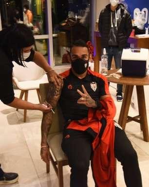 'Queriam estar no nosso lugar', rebate Atlético-G0 após receber críticas pela vacinação contra Covid