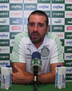 Auxiliar de Abel afirma que Palmeiras não mudará estratégia no Paulistão e pede calma com Esteves