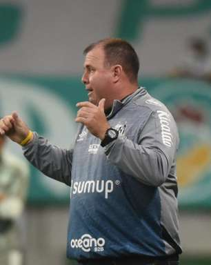 Marcelo Fernandes rebate críticas ao setor defensivo do Santos: 'Não vamos achar culpados'