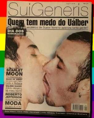 Paulo Gustavo deu histórico beijo gay em capa de 1999