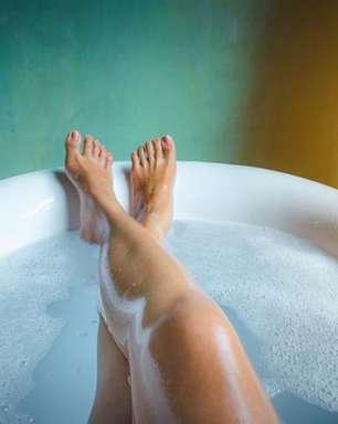 3 banhos poderosos para afastar as energias negativas