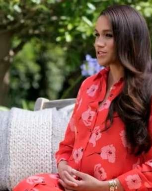 Meghan Markle fala pela 1ª vez após entrevista polêmica e exibe barriguinha de grávida