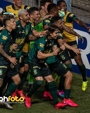 América-MG bate o Cruzeiro outra vez e vai decidir o Mineiro