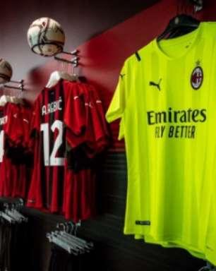 Com Ibrahimovic de modelo, Milan divulga nova camisa para a próxima temporada; veja imagens
