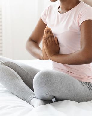 Benefícios da Kemetic Yoga para saúde física e mental