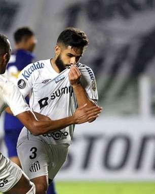 Santos vence o Boca Juniors na estreia de Fernando Diniz