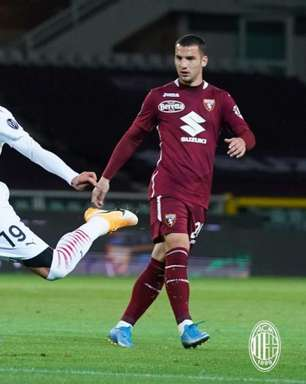 Milan goleia o Torino por 7 a 0 e fica perto da Champions