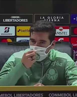 """PALMEIRAS: Abel Ferreira rasga elogios a Roni após vitória na Libertadores: """"espero que o clube não o venda, ele é fundamental na nossa equipe"""""""