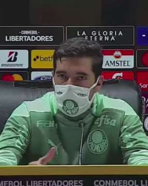 """PALMEIRAS: Abel Ferreira credita estratégia da vitória aos jogadores: """"vimos uma equipe com a arte e engenho de saber se defender"""""""