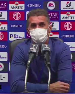 """CORINTHIANS: Mancini concorda com críticas da torcida após eliminação da Sul-Americana com duas rodadas de antecipação: """"Lamentável chegarmos nessa situação"""""""