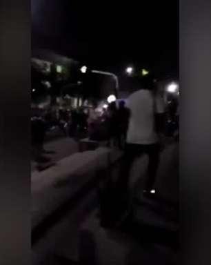 LIBERTADORES: Manifestantes entram em confronto com a polícia no entorno do estádio da partida entre América de Cali x Atlético-MG