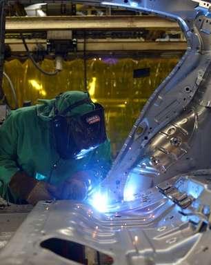 Produção manufatureira dos EUA sobe em abril