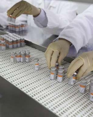 Butantan entrega 1,1 milhão de doses da CoronaVac ao PNI e para produção por falta de insumo