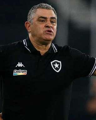 Chamusca vê clássico equilibrado e admite que Botafogo precisa melhorar nas finalizações