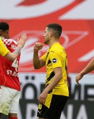 Haaland passa em branco, mas Borussia Dortmund vence o Mainz 05 e garante vaga na Champions League