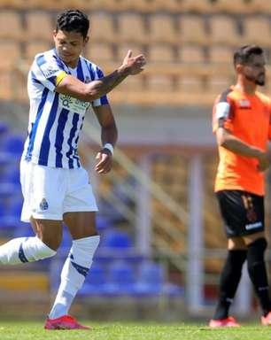Convocado para a Seleção Olímpica, Evanilson marca pelo Porto B na fuga da equipe contra o rebaixamento