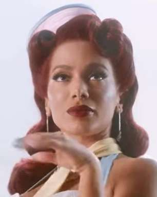 'Girl From Rio' é a 2ª faixa mais pedida em rádio dos EUA