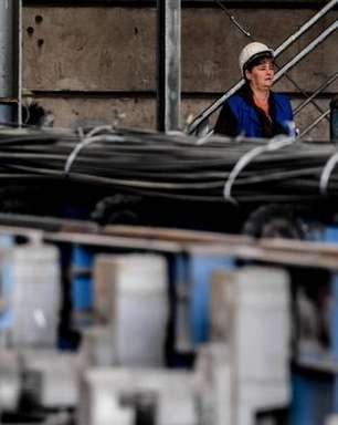 UE suspende aumento de taxas contra produtos dos EUA