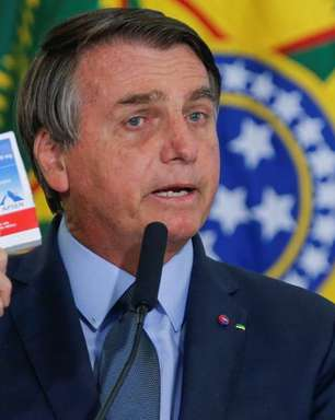 Senador quer punição para Bolsonaro por tratamento precoce