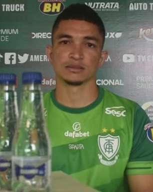 AMÉRICA-MG: Marlon diz que foi cauteloso em sua atuação no primeiro jogo da final, mas crê que com sequência irá ajudar mais na parte ofensiva do time