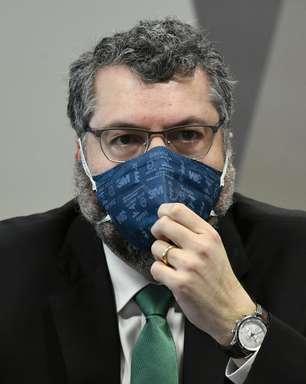 Araújo: Governo não tinha plano único de combate à pandemia