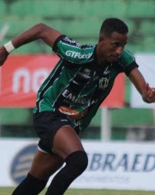 Atacante do Maringá comenta sobre 'espírito de reviravolta' da equipe no Paranaense