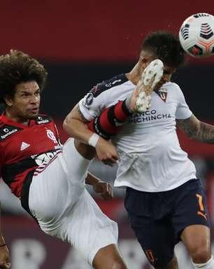 Flamengo empata com LDU e avança às oitavas da Libertadores