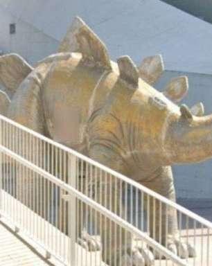 Espanha: corpo é encontrado dentro de estátua de dinossauro