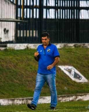 Moacir Júnior, técnico do ABC, tem aproveitamento superior as duas últimas conquistas em estaduais na carreira
