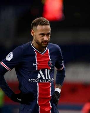 Neymar se defende de acusação de assédio e detona Nike