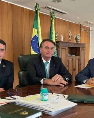 """Flávio diz que Bolsonaro quer """"segurança"""" para filiação"""