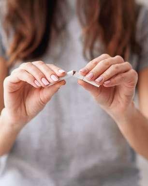 Com evidências de que o tabagismo agrava sintomas da COVID-19, pacientes buscam apoio para deixar o cigarro