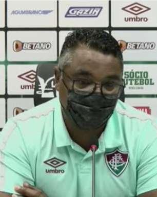 """FLUMINENSE: Roger desconversa sobre poupar jogadores para o confronto contra o Cuiabá: """"Quero sempre levar quem está melhor, mas nem sempre isso é possível"""""""