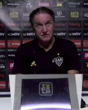 """ATLÉTICO-MG: Cuca pede paciência com Marrony após jogador perder duas chances de gol: """"Temos que corrigir e ensinar, não dá pra criticar"""""""