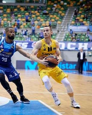 Liga ACB: Marcelinho Huertas brilha e Tenerife chega à semifinal pela primeira vez