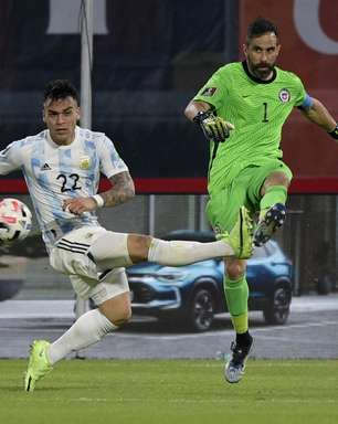 Em jogo com pouca emoção, Argentina e Chile empatam
