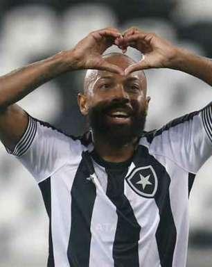 Botafogo bate o Coritiba e consegue 1ª vitória na Série B