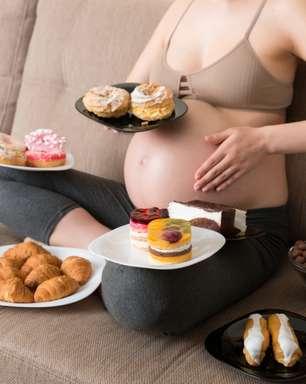 2 verdades e 2 mitos sobre o que comer durante a gestação