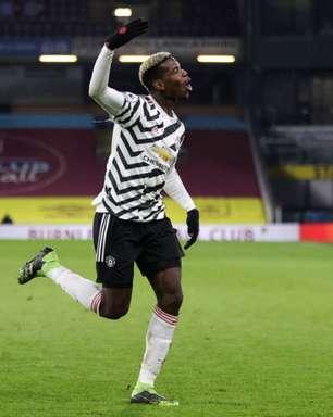 Paul Pogba, do Manchester United, brinca com interesse do PSG: 'Não tenho o número do presidente'