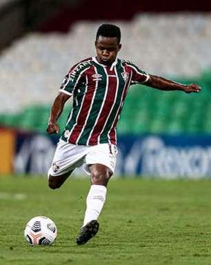 Cazares fica fora da lista do Equador para a Copa América e volta ao Fluminense