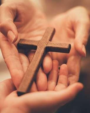 Acalme o coração com essa oração do Espírito Santo