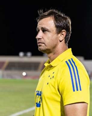 Felipe Conceição não é mais o técnico do Cruzeiro