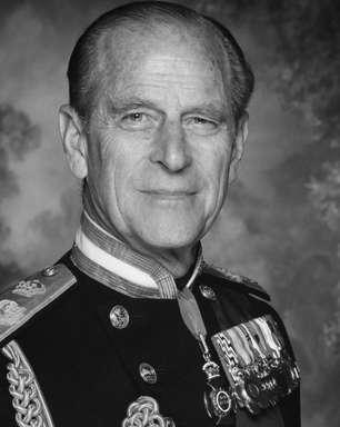Príncipe Philip morreu triste com a Família Real, diz amigo