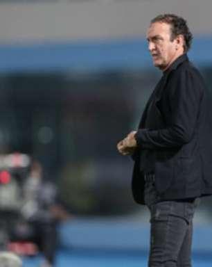 Cuca elogia partida de Réver e prevê mais partidas do zagueiro como titular no Atlético-MG