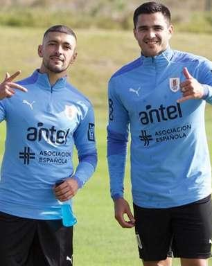 Liberado após cumprir quarentena, Arrascaeta volta a treinar com o Uruguai para a Copa América