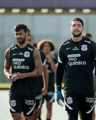 Caíque França passa por cirurgia e desfalca o Corinthians por um mês